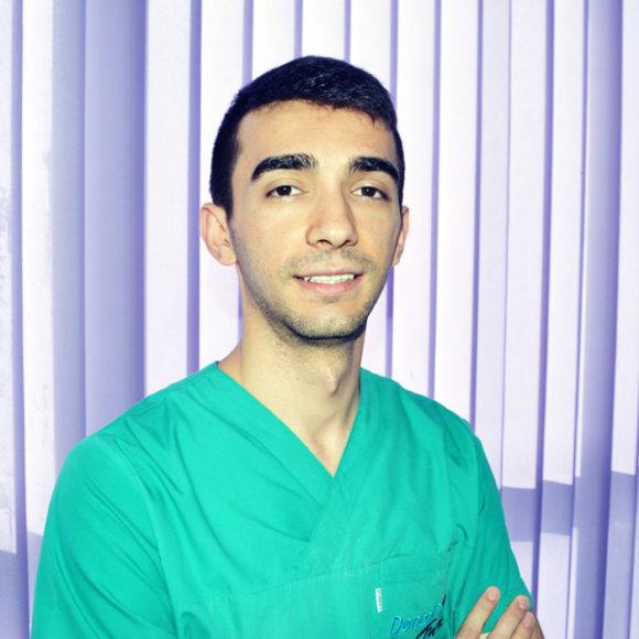 Dott. Syri Zharri
